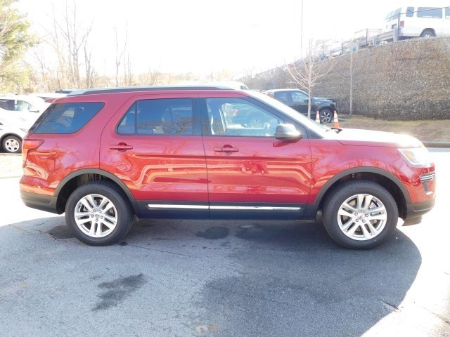 2019 Ruby Red Metallic Tinted Clearcoat Ford Explorer XLT 3.5L V6 Ti-VCT Engine 4X4 SUV