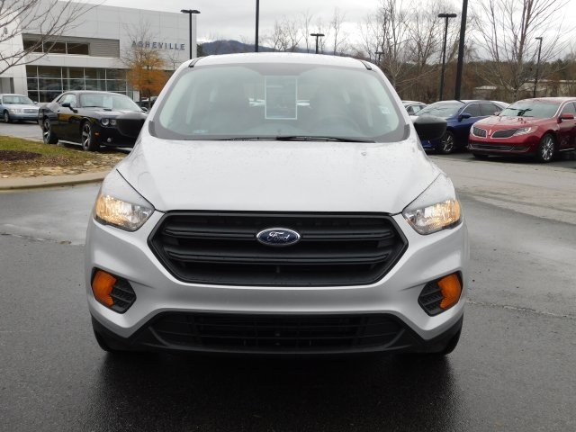 2019 Ingot Silver Metallic Ford Escape S FWD Automatic SUV 2.5L iVCT Engine