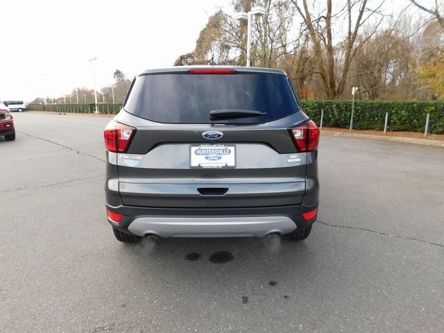 2019 Ford Escape SE FWD 4 Door SUV EcoBoost 1.5L I4 GTDi DOHC Turbocharged VCT Engine Automatic