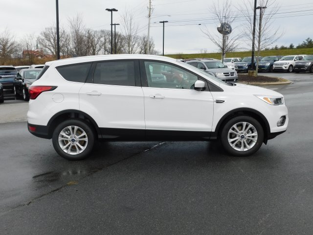 2019 Ford Escape SE SUV FWD 4 Door EcoBoost 1.5L I4 GTDi DOHC Turbocharged VCT Engine