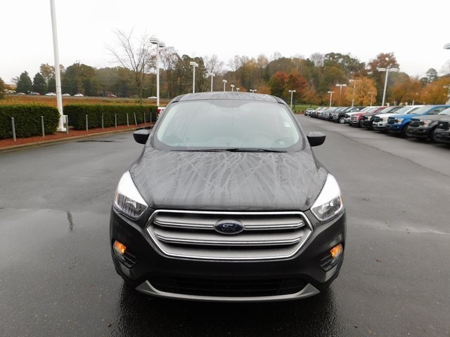 2019 Ford Escape SE EcoBoost 1.5L I4 GTDi DOHC Turbocharged VCT Engine FWD 4 Door