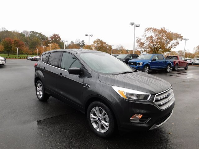 2019 Magnetic Metallic Ford Escape SE Automatic SUV 4 Door FWD EcoBoost 1.5L I4 GTDi DOHC Turbocharged VCT Engine