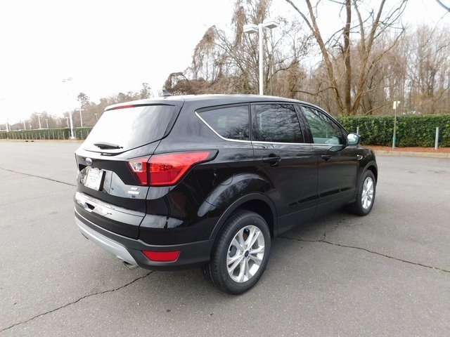 2019 Agate Black Metallic Ford Escape SE EcoBoost 1.5L I4 GTDi DOHC Turbocharged VCT Engine SUV Automatic 4 Door FWD