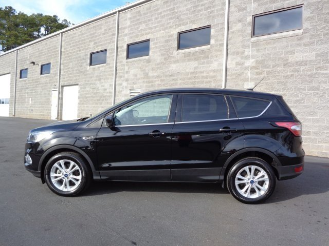 2017 Shadow Black Ford Escape SE EcoBoost 1.5L I4 GTDi DOHC Turbocharged VCT Engine SUV FWD Automatic
