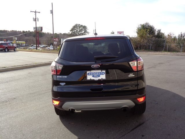 2017 Ford Escape SE EcoBoost 1.5L I4 GTDi DOHC Turbocharged VCT Engine 4 Door Automatic