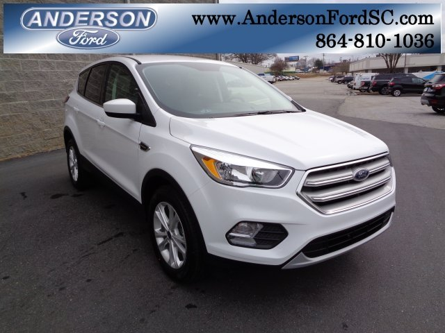 2019 Oxford White Ford Escape SE 4 Door EcoBoost 1.5L I4 GTDi DOHC Turbocharged VCT Engine FWD SUV Automatic