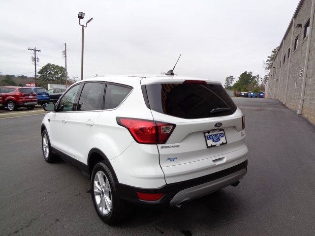 2019 Ford Escape SE EcoBoost 1.5L I4 GTDi DOHC Turbocharged VCT Engine 4 Door SUV FWD