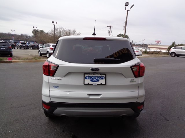 2019 Ford Escape SE SUV EcoBoost 1.5L I4 GTDi DOHC Turbocharged VCT Engine FWD