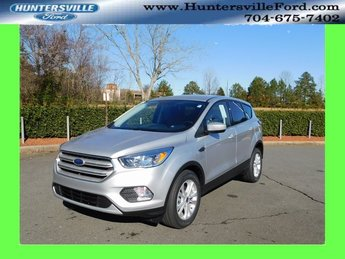 2019 Ingot Silver Metallic Ford Escape SE EcoBoost 1.5L I4 GTDi DOHC Turbocharged VCT Engine FWD Automatic 4 Door