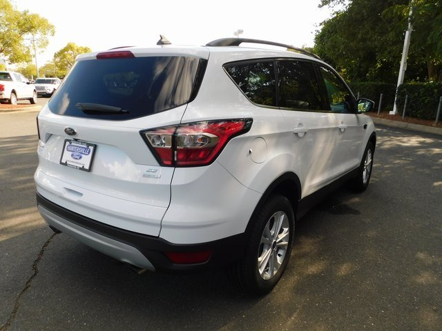 2018 Ford Escape SE EcoBoost 1.5L I4 GTDi DOHC Turbocharged VCT Engine 4 Door Automatic