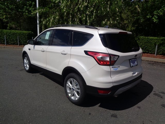 2018 White Platinum Clearcoat Metallic Ford Escape SEL SUV FWD EcoBoost 1.5L I4 GTDi DOHC Turbocharged VCT Engine