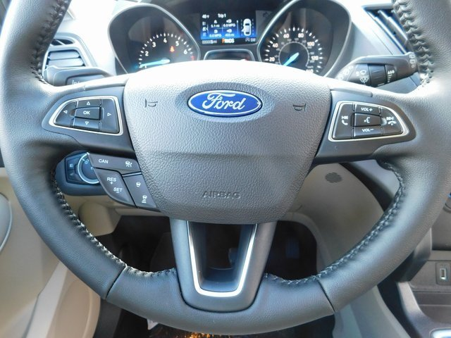 2019 Oxford White Ford Escape SEL SUV 4 Door EcoBoost 1.5L I4 GTDi DOHC Turbocharged VCT Engine