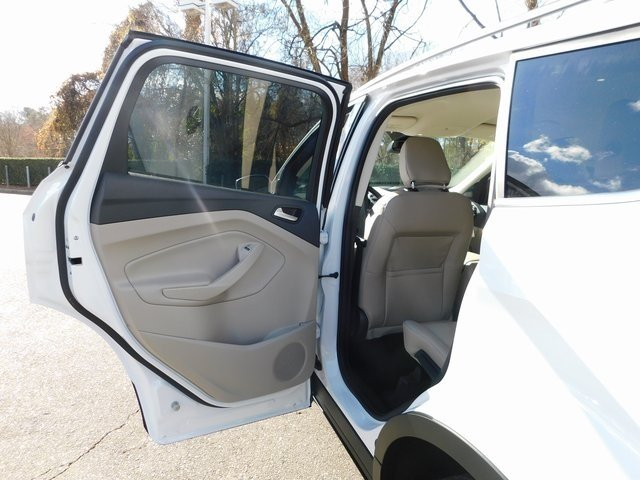 2019 Oxford White Ford Escape SEL Automatic 4 Door EcoBoost 1.5L I4 GTDi DOHC Turbocharged VCT Engine FWD