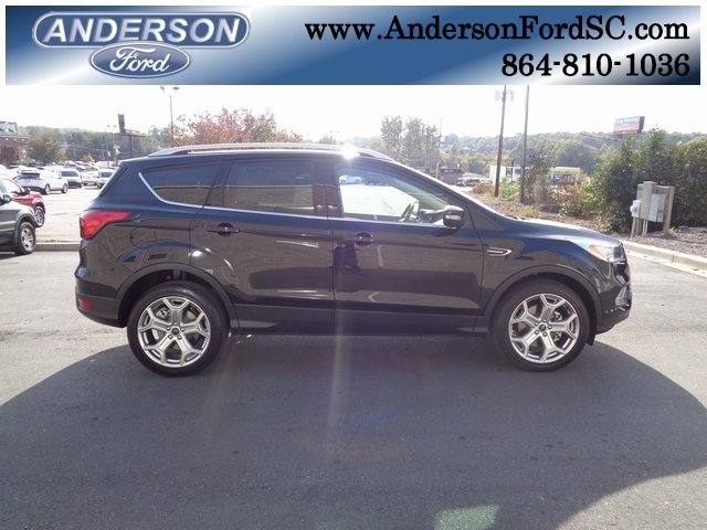 2019 Ford Escape Titanium 4 Door FWD SUV EcoBoost 2.0L I4 GTDi DOHC Turbocharged VCT Engine
