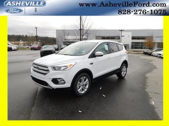 2019 Oxford White Ford Escape SE EcoBoost 1.5L I4 GTDi DOHC Turbocharged VCT Engine 4 Door 4X4 Automatic