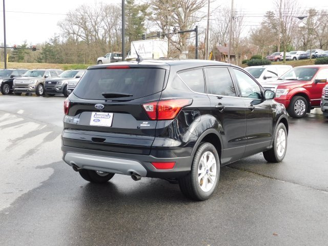2019 Ford Escape SE 4 Door 4X4 EcoBoost 1.5L I4 GTDi DOHC Turbocharged VCT Engine Automatic