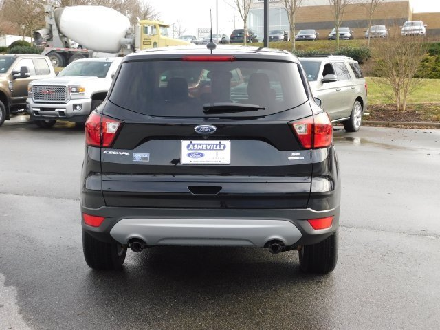 2019 Ford Escape SE 4 Door SUV 4X4 Automatic EcoBoost 1.5L I4 GTDi DOHC Turbocharged VCT Engine