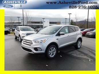 2019 Ingot Silver Metallic Ford Escape SE EcoBoost 1.5L I4 GTDi DOHC Turbocharged VCT Engine Automatic 4 Door