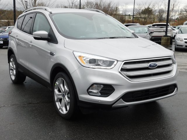 2019 Ford Escape Titanium 4X4 EcoBoost 2.0L I4 GTDi DOHC Turbocharged VCT Engine 4 Door SUV