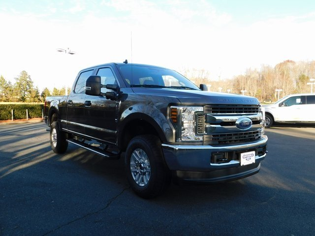 2019 Magnetic Metallic Ford Super Duty F-250 SRW XL 4X4 4 Door 6.2L SOHC Engine Automatic Truck