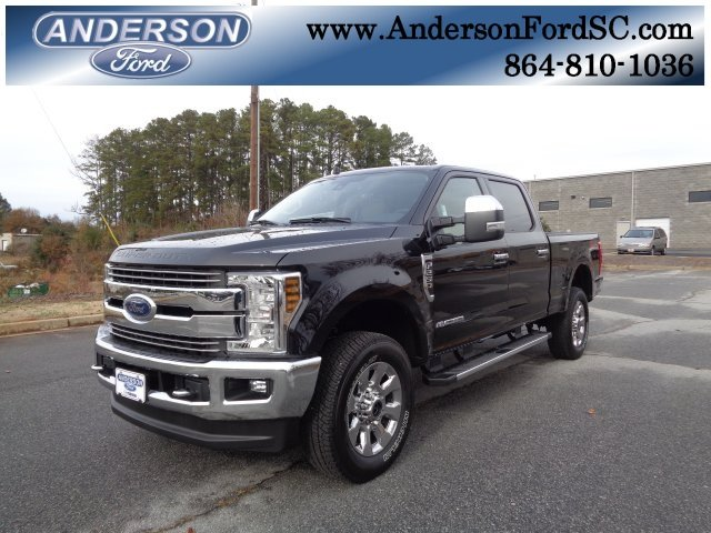 2019 Ford Super Duty F-250 SRW Lariat Power Stroke 6.7L V8 DI 32V OHV Turbodiesel Engine 4X4 Truck