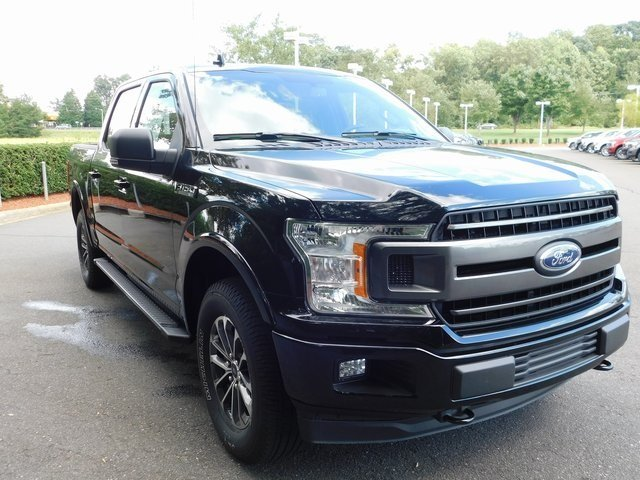 2018 Ford F-150 XLT 4 Door 5.0L V8 Ti-VCT Engine 4X4 Truck Automatic