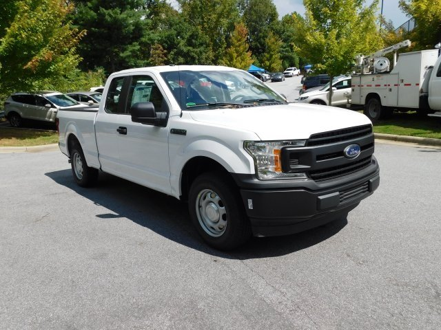 2018 Oxford White Ford F-150 XL 3.3L V6 Ti-VCT 24V Engine Automatic Truck 4 Door