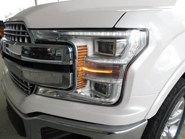 2018 White Metallic Ford F-150 Lariat 4X4 Automatic 3.0L Diesel Turbocharged Engine 4 Door Truck