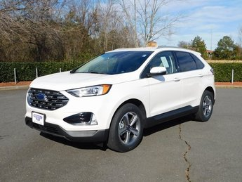 2019 White Platinum Metallic Tri-Coat Ford Edge SEL SUV Automatic 2.0L Engine 4 Door