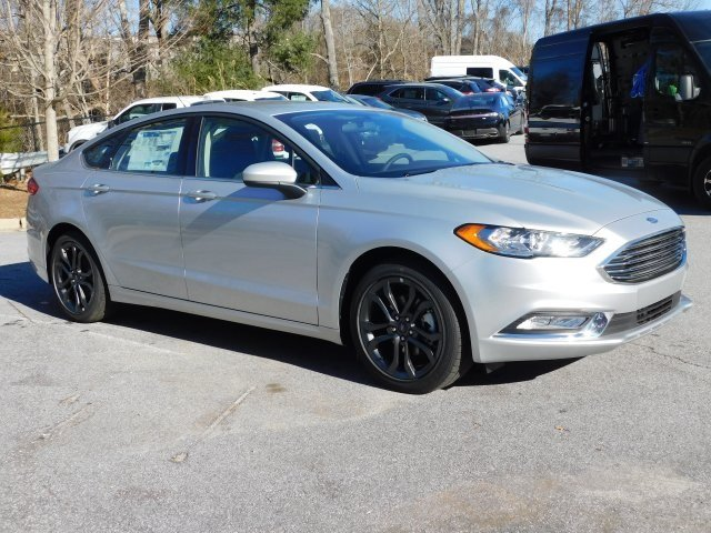 2018 Ingot Silver Metallic Ford Fusion S 4 Door FWD Sedan I4 Engine