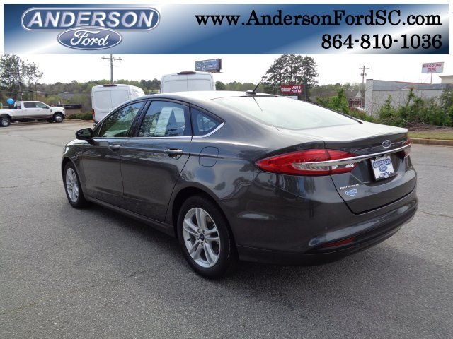 2018 Magnetic Metallic Ford Fusion SE I4 Engine Sedan 4 Door