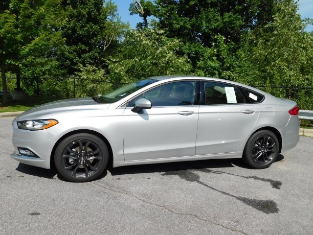2018 Ingot Silver Metallic Ford Fusion SE Automatic FWD 4 Door Sedan