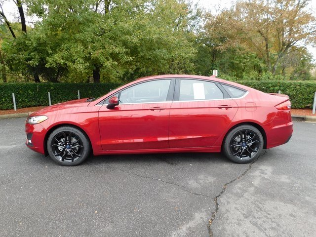 2019 Ruby Red Metallic Tinted Clearcoat Ford Fusion SE FWD EcoBoost 1.5L I4 GTDi DOHC Turbocharged VCT Engine 4 Door