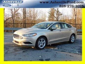 2018 White Gold Metallic Ford Fusion SE 4 Door Sedan EcoBoost 1.5L I4 GTDi DOHC Turbocharged VCT Engine Automatic FWD