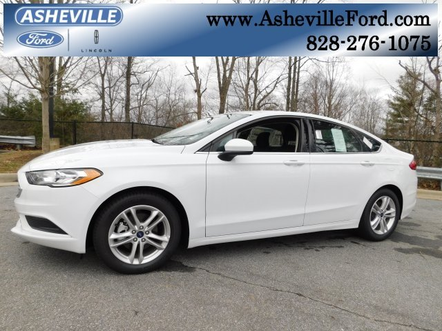 2018 Oxford White Ford Fusion SE FWD EcoBoost 1.5L I4 GTDi DOHC Turbocharged VCT Engine Automatic Sedan