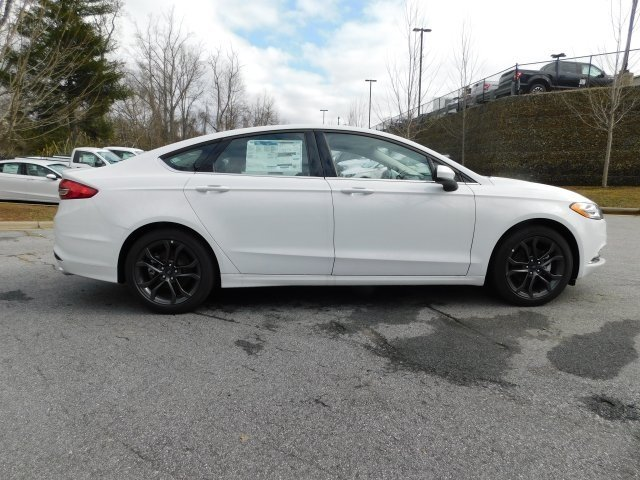2018 Oxford White Ford Fusion SE EcoBoost 1.5L I4 GTDi DOHC Turbocharged VCT Engine 4 Door FWD Automatic Sedan