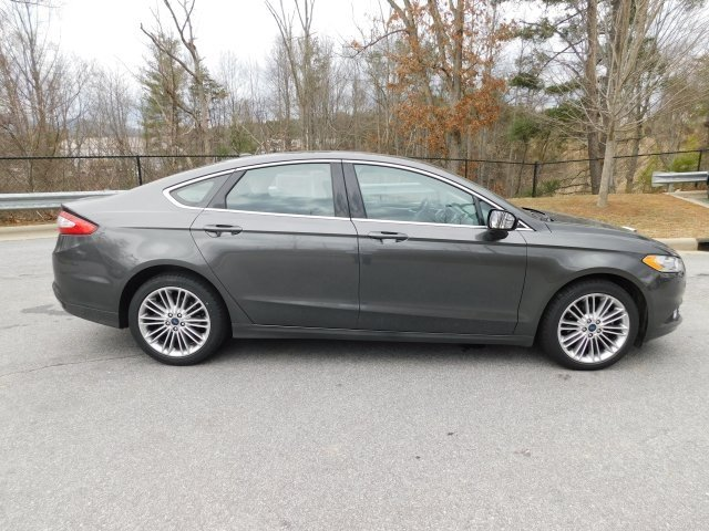 2016 Magnetic Ford Fusion SE 4 Door Sedan EcoBoost 2.0L I4 GTDi DOHC Turbocharged VCT Engine AWD Automatic