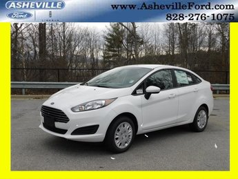 2019 Oxford White Ford Fiesta S Sedan FWD 4 Door Automatic