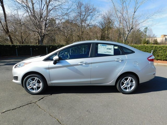 2019 Ingot Silver Metallic Ford Fiesta SE Sedan 1.6L I4 Ti-VCT Engine FWD Automatic