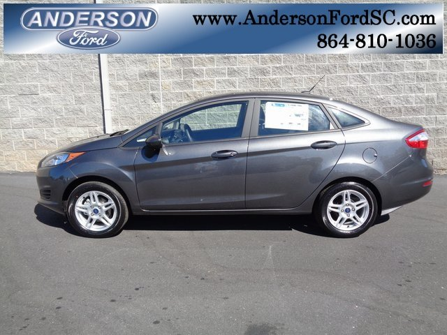 2018 Magnetic Metallic Ford Fiesta SE 4 Door Sedan FWD