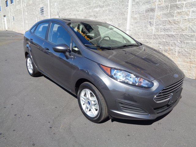 2018 Magnetic Metallic Ford Fiesta SE 4 Door Automatic FWD 1.6L I4 Ti-VCT Engine Sedan