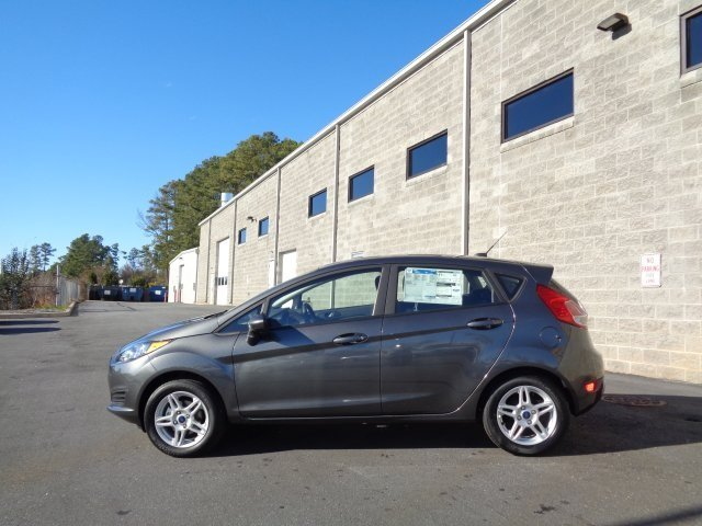 2019 Magnetic Metallic Ford Fiesta SE 4 Door FWD 1.6L I4 Ti-VCT Engine Hatchback Automatic