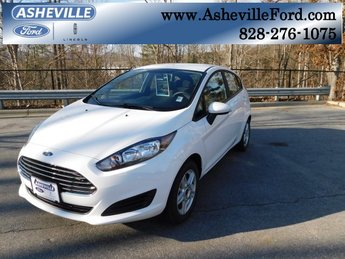 2019 Oxford White Ford Fiesta SE Automatic Hatchback 1.6L I4 Ti-VCT Engine