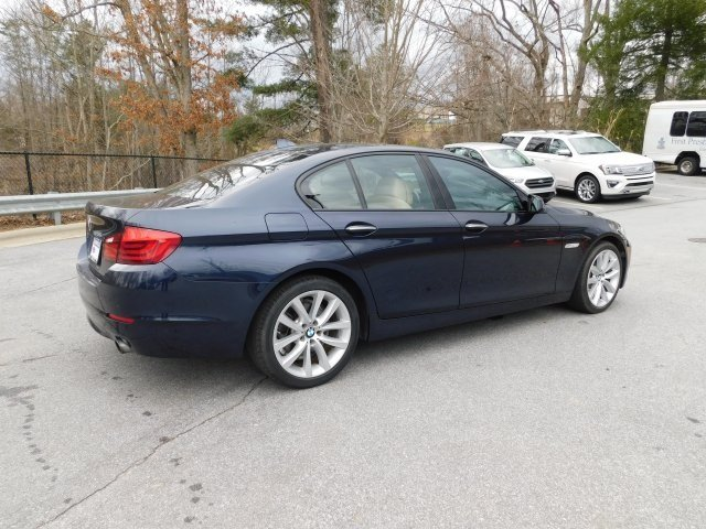 2012 BMW 5 Series 535i 4 Door RWD Sedan 3.0L I6 DOHC 24V TwinPower Turbo Engine