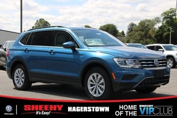 2019 Silk_blue_metallic Volkswagen Tiguan SE Automatic SUV AWD 4 Door