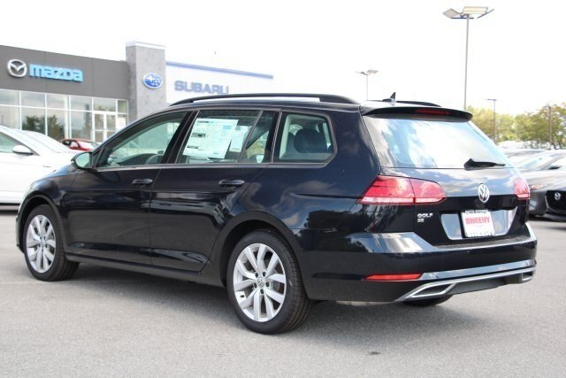 2019 Deep_black_pearl Volkswagen Golf SportWagen SE Automatic 1.4L 4 cyls Engine 4 Door Crossover