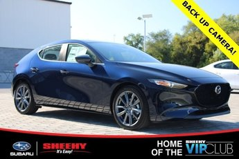 2019 Deep Crystal Blue Mica Mazda Mazda3 w/Preferred Pkg FWD 2.5L 4 cyls Engine 4 Door Automatic