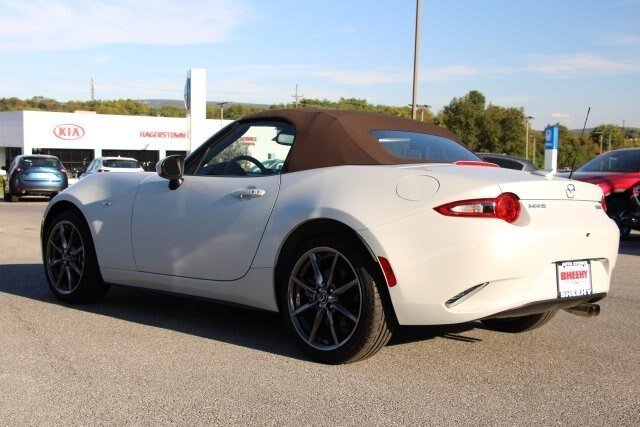 2019 Mazda MX-5 Miata Grand Touring 2.0L 4 cyls Engine Convertible Automatic RWD 2 Door
