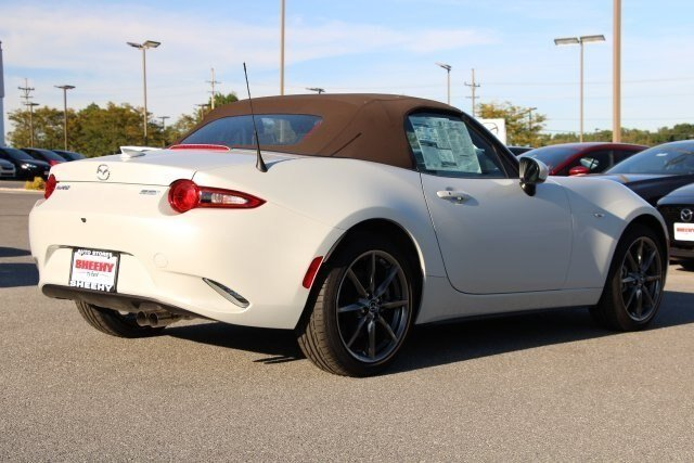 2019 Ceramic Metallic Mazda MX-5 Miata Grand Touring 2.0L 4 cyls Engine RWD 2 Door Convertible Automatic