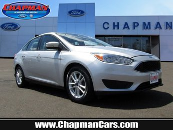 2015 Ford Focus SE Sedan 4 Door Regular Unleaded I-4 2.0 L/122 Engine